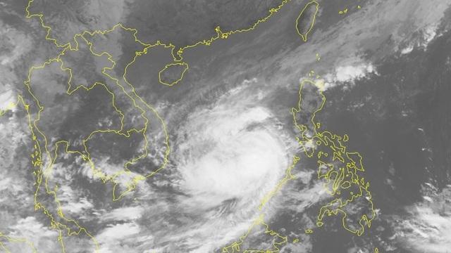 Tin bão mới nhất: Bão số 6 Nakri giật cấp 15, cách Trường Sa 230 km