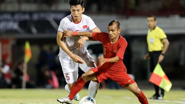 """""""Messi Indonesia"""": Văn Hậu có thể hình, nhưng tôi có tốc độ, chưa biết mèo nào cắn mỉu nào"""