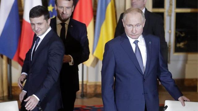 """Ông Putin muốn Ukraine sửa hiến pháp, trao """"tình trạng đặc biệt"""" vĩnh viễn cho Donbass"""