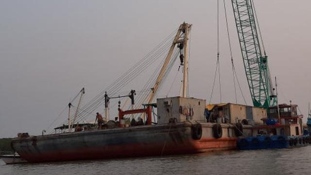 Tìm thấy 1 thi thể trong vụ 3 thợ lặn mất tích khi trục vớt tàu chìm trên sông Lòng Tàu
