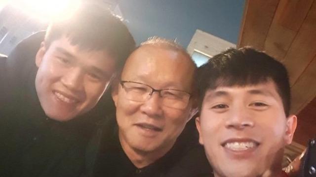 """Học trò thầy Park nói về việc sang Thai League: """"MXH cứ đồn thế chứ tôi có biết gì đâu"""""""