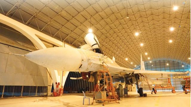 """Tiêm kích Su-27 KQVN lột xác: Ngạc nhiên với """"bệ phóng"""" hiện đại - Thần kỳ tầm cỡ khu vực"""