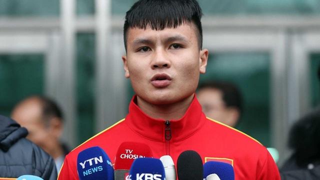 """Bị truyền thông Hàn Quốc đặt vào """"thế khó"""", Quang Hải nói lời đanh thép về U23 Việt Nam"""