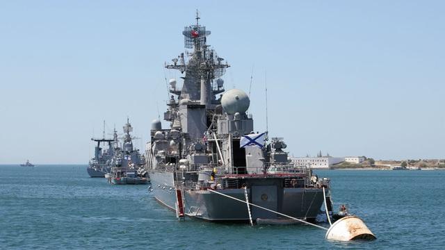 """Nga vận chuyển lô hàng lớn """"bất thường"""" tới Syria: Có thể là """"siêu vũ khí"""" gì?"""