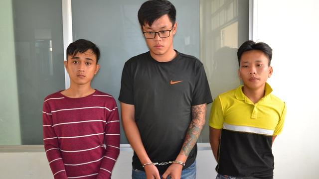 Cảnh sát hình sự truy đuổi như phim hơn 20 km bắt 3 tên cướp gây ra 3 vụ cướp trong vòng 1 giờ