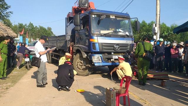 Xe máy đối đầu xe tải, nam thanh niên tử vong