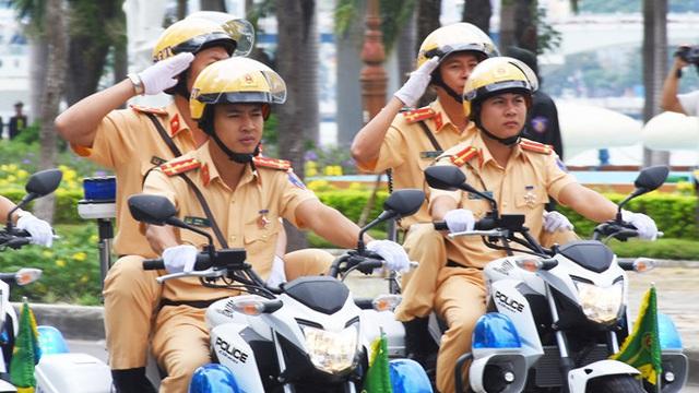 Đại tá Vũ Hồng Văn điều chuyển 53 cán bộ CSGT về huyện, xã ở Đồng Nai