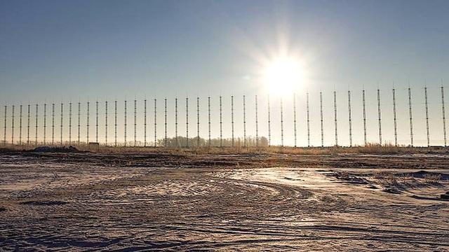 """Radar Nga giăng kín bầu trời Bắc Cực: F-22 hay Tomahawk đều sẽ bị """"tóm sống""""?"""