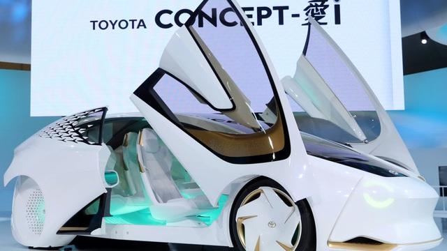 Xu thế phương tiện thông minh đang phá vỡ hệ thống dây chuyền sản xuất cứng nhắc của Toyota