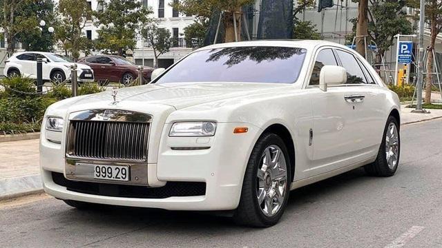 Rolls-Royce Ghost biển siêu đẹp, chạy 10 năm rao bán 9,999 tỷ đồng ở Hà Nội