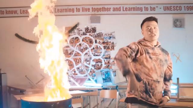 Chủ tịch Hà Nội yêu cầu điều tra thông tin nhóm Rapper đốt sách học sinh Amsterdam