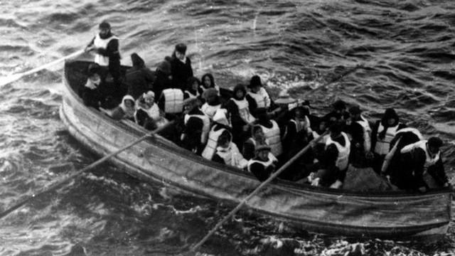 Những bức ảnh chưa từng công bố về vụ chìm tàu Titanic thảm khốc