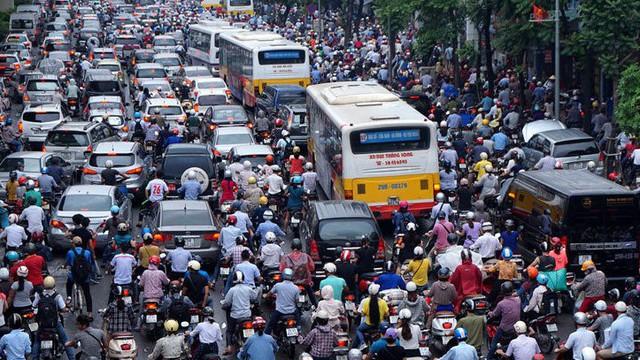 """Giám đốc Sở Giao thông vận tải Hà Nội: """"Cấm được xe máy càng sớm càng tốt"""""""