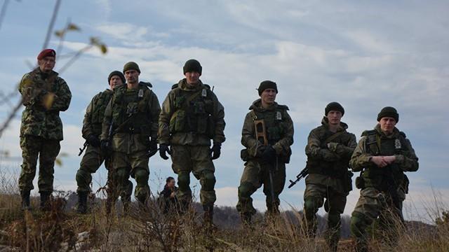 """Tia lửa cho """"thùng thuốc súng"""" Balkan: Liệu Nga có đứng sau Serbia đè bẹp quân đội Kosovo?"""