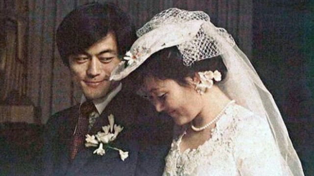 Chuyện tình chông gai của Tổng thống Hàn Quốc và nữ ca sĩ quyết từ bỏ showbiz vì chồng