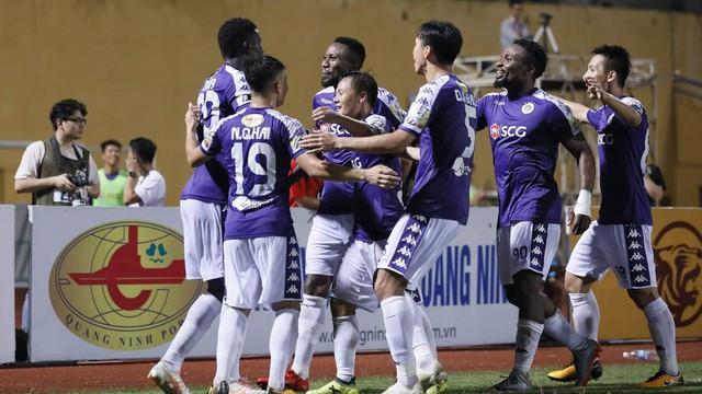 Ngược dòng đầy bản lĩnh, Hà Nội FC đánh bại Hải Phòng trong trận cầu nghẹt thở