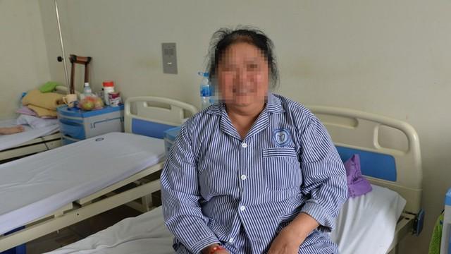 Đau đớn vẫn cắn răng không tới viện vì sợ... mổ: Nỗi khổ của người mắc bệnh nguy hiểm này