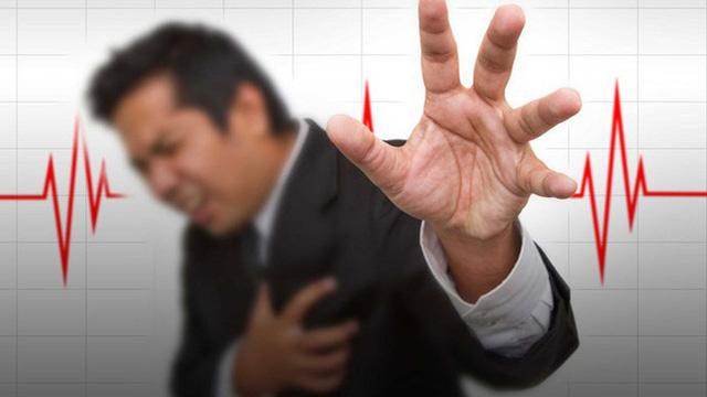"""8 thực phẩm """"tiếp tay"""" làm tăng huyết áp cao: Ai cần phòng chữa bệnh thì nên biết để tránh"""