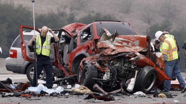 """Hậu quả khủng khiếp khi uống rượu bia lái xe: Luật nhiều nước quyết chặn từ khâu """"mở nút"""""""