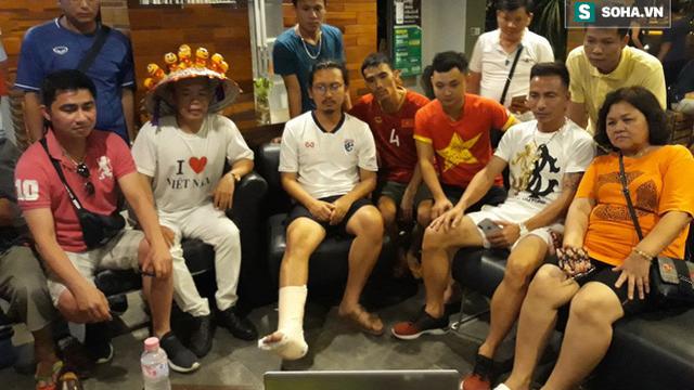 """CĐV đặc biệt của Thái Lan """"tiếp lửa"""" cho U23 Việt Nam đánh bại U23 Myanmar"""