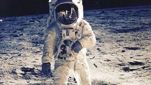 Tiết lộ bí mật động trời về sứ mệnh Apollo đưa người lên Mặt Trăng 50 năm trước