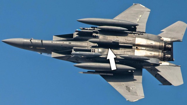"""Mỹ """"vét sạch"""" F-15E hiện đại nhất đến Trung Đông: Phủ đầu Iran hay quảng cáo vũ khí?"""