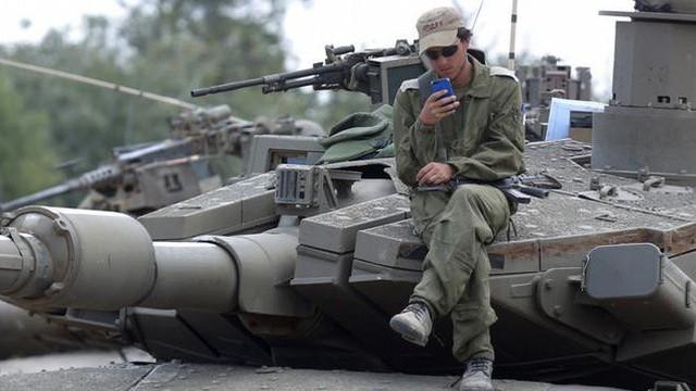 """Hamas """"vượt mặt"""" tình báo Israel: Thu thập tin mật của đối phương qua... Whatsapp?"""