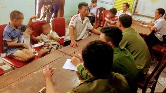 """Sự thật câu chuyện 3 đứa trẻ """"chạy thoát khỏi ô tô của người đàn ông lạ"""" ở Nghệ An"""