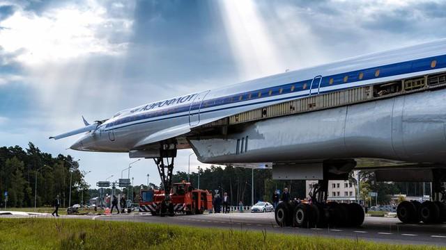 Nga gây bất ngờ lớn khi cho máy bay siêu âm Tu-144 tái xuất
