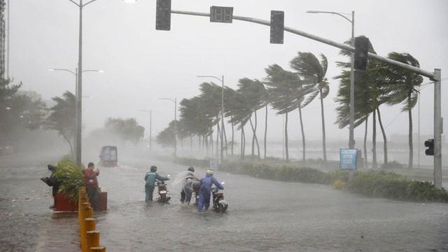 Cơn bão số 2 mang tên MUN đang cách đất liền các tỉnh Quảng Ninh - Hải Phòng khoảng 480km
