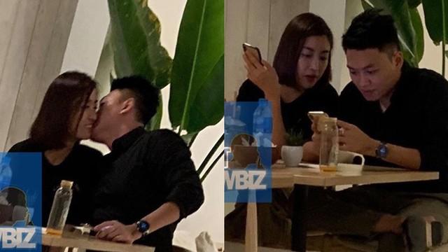 Lộ ảnh Hoa hậu Đỗ Mỹ Linh được bạn trai hôn trong quán cà phê