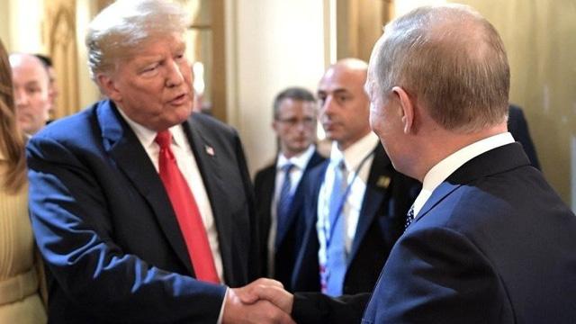 Ông Trump đề nghị giúp dập tắt đám cháy rừng ở Siberia, Putin từ chối