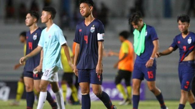 """Báo Thái Lan chỉ ra sự thật cay đắng sau màn đánh nhau """"như phim chưởng"""" của đội U15"""