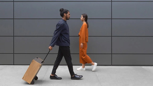 Bạn có dám trải qua chuyến bay với vali hành lý có giá tới 30.000 USD này không?
