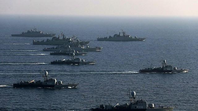 Hải quân Iran tính triển khai cả hạm đội ngăn Mỹ bắt siêu tàu dầu