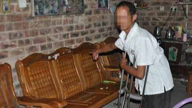20 tuổi đi tù vì cưỡng dâm, gã đàn ông U50 cưỡng hôn cụ bà 79 tuổi