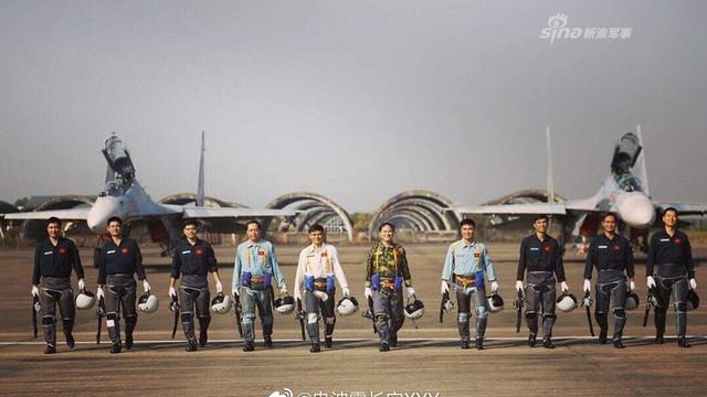 Báo Trung Quốc nói gì về tiêm kích Su-30MK2 hiện đại nhất của Không quân Việt Nam?
