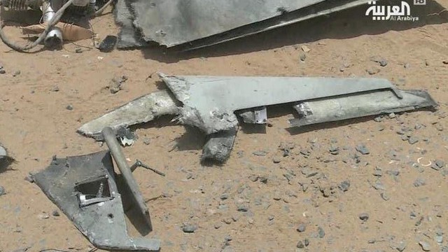 """Chiến sự Yemen: Houthi """"quyết chiến"""" bằng UAV, may mắn mỉm cười với Saudi"""