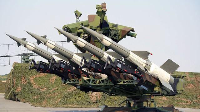"""Quân đội Ukraine tịch thu Hệ thống phòng không S-125 do Nga """"buôn lậu"""": Sự thật thế nào?"""