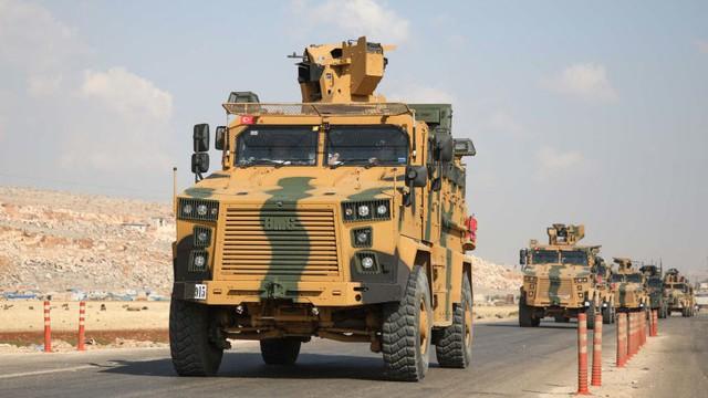 """[NÓNG] Thổ Nhĩ Kỳ chính thức tuyên chiến ở Syria: Giờ G sắp điểm, Nga - Mỹ """"im lặng đáng sợ""""?"""