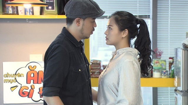"""Chú Quốc phim Về nhà đi con: Cảnh tôi hôn Thu Quỳnh, vợ bảo """"cũng cuồng nhiệt đấy!"""""""