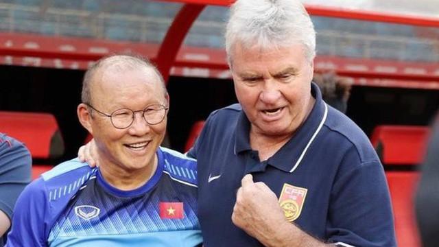 Trợ lý bật mí chi tiết bất ngờ khi thầy Park tái ngộ HLV Hiddink tại Trung Quốc