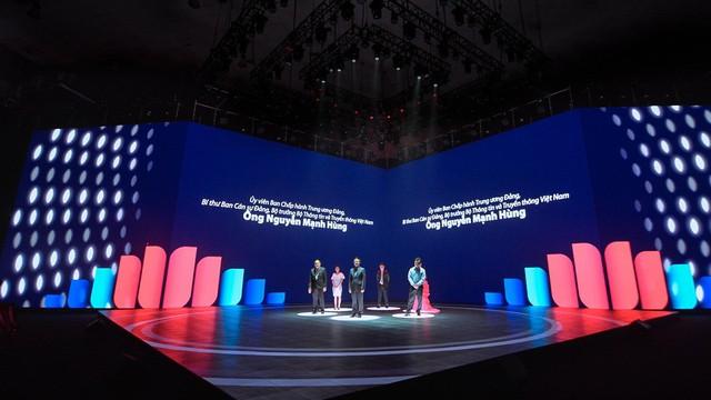 """""""Điểm sáng"""" đáng chú ý tại Lễ ra mắt mạng xã hội Lotus bản Open Beta"""