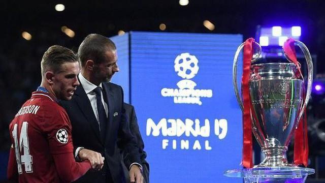 """Champions League trở lại, nhưng hố sâu ngăn cách đang dần """"giết chết"""" giải đấu"""