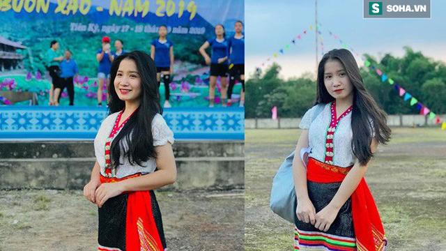 """Xuất hiện trong lễ hội ở Nghệ An, """"cô gái Thái"""" khiến dân mạng phải tìm danh tính vì quá duyên dáng"""
