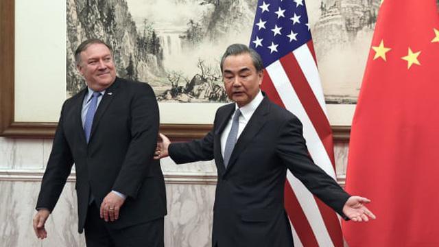 """Bất ngờ thừa nhận vị thế số 1 của Mỹ: Bắc Kinh đang cố """"vùng vẫy"""" để thoát khỏi kìm kẹp của Washington?"""