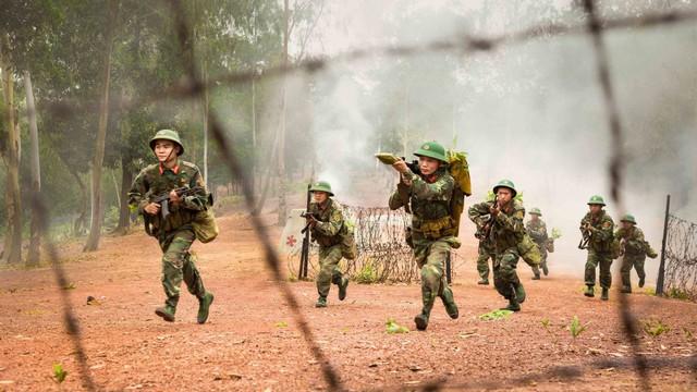 Chiến trường K: Tiếng hú chim thiêng báo động đặc công Khmer Đỏ mò vào - Rợn người
