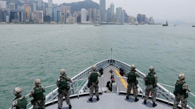 """Không cần Hồng Kông đề xuất, TQ sẽ """"xuống tay"""" nếu Quốc hội tuyên bố chiến tranh hoặc tình trạng khẩn cấp"""