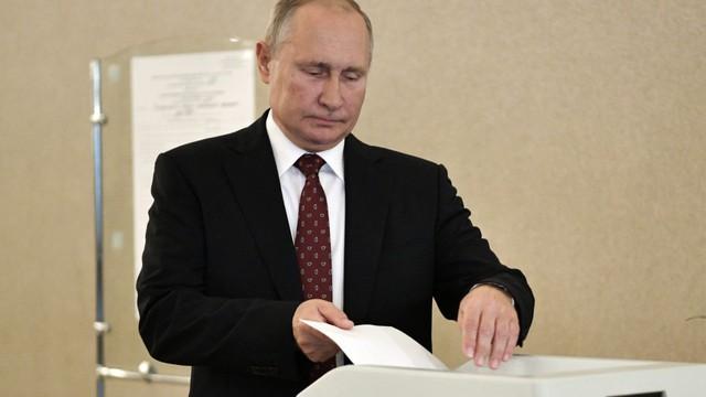 """Hậu biểu tình lớn ở Moskva: Dùng """"độc chiêu"""", đảng của TT Putin vẫn nhận cú sốc lớn trong ngày bầu cử"""