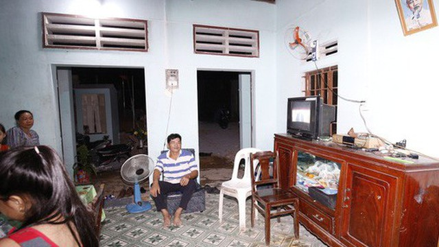 Vụ cầu cứu đêm 30 Tết: Điện đã sáng trong căn nhà nghèo